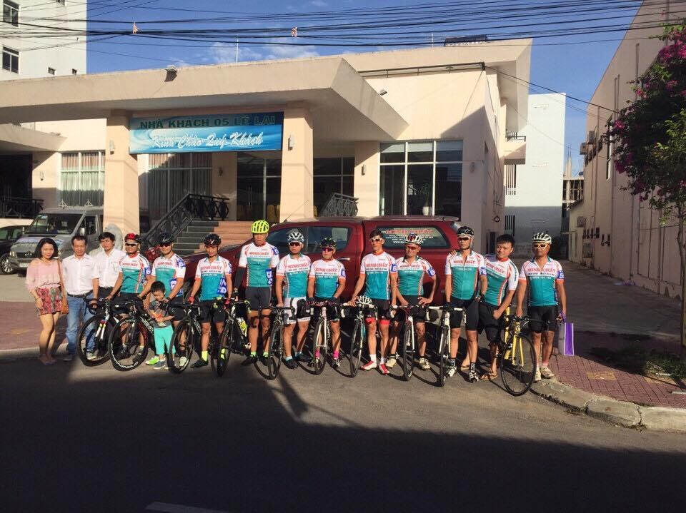 Đội xe đạp Hóa Chất Xi Mạ Minh Chất VCL Đà Nẵng